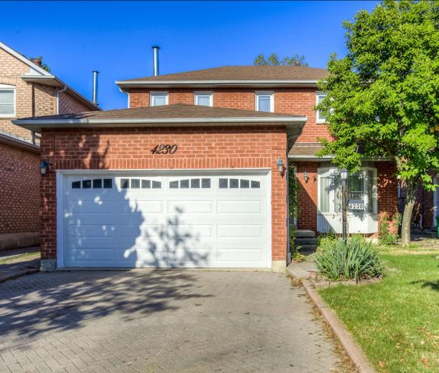 4230 Credit Pointe Drive, East Credit, Mississauga 2
