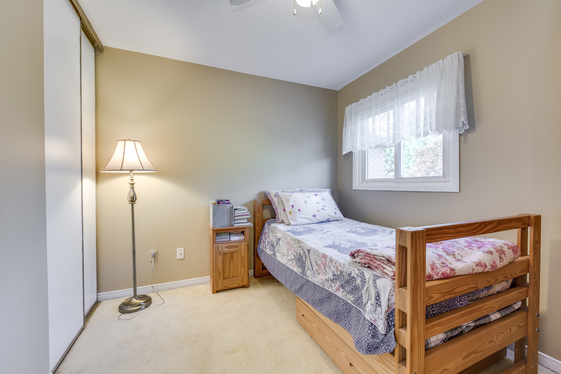 3rd bedroom - 4230 Credit Pointe Drive, Mississauga - Elite3 & Team at 4230 Credit Pointe Drive, East Credit, Mississauga