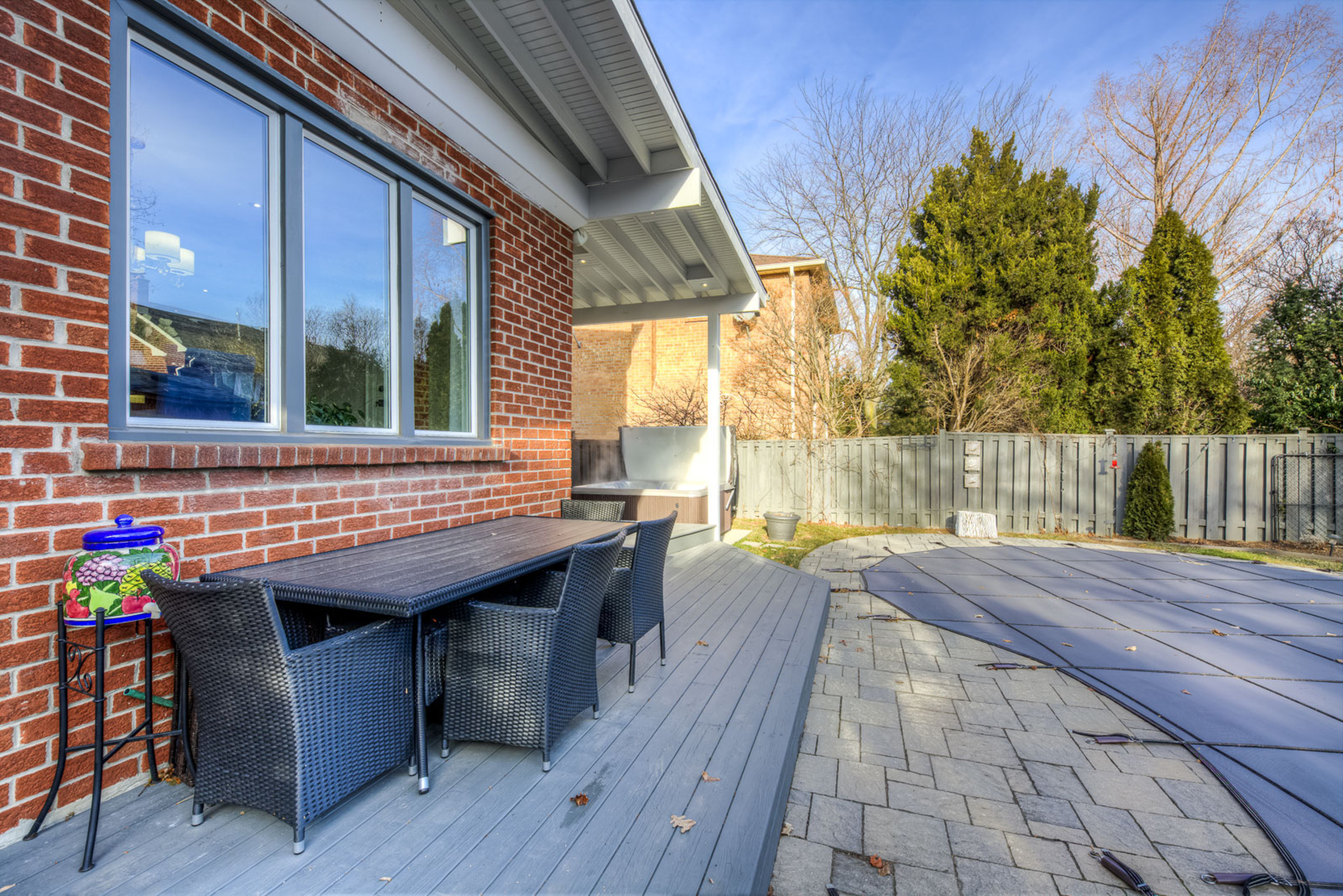 mls-82 at 2204 Dunvegan Avenue, Eastlake, Oakville