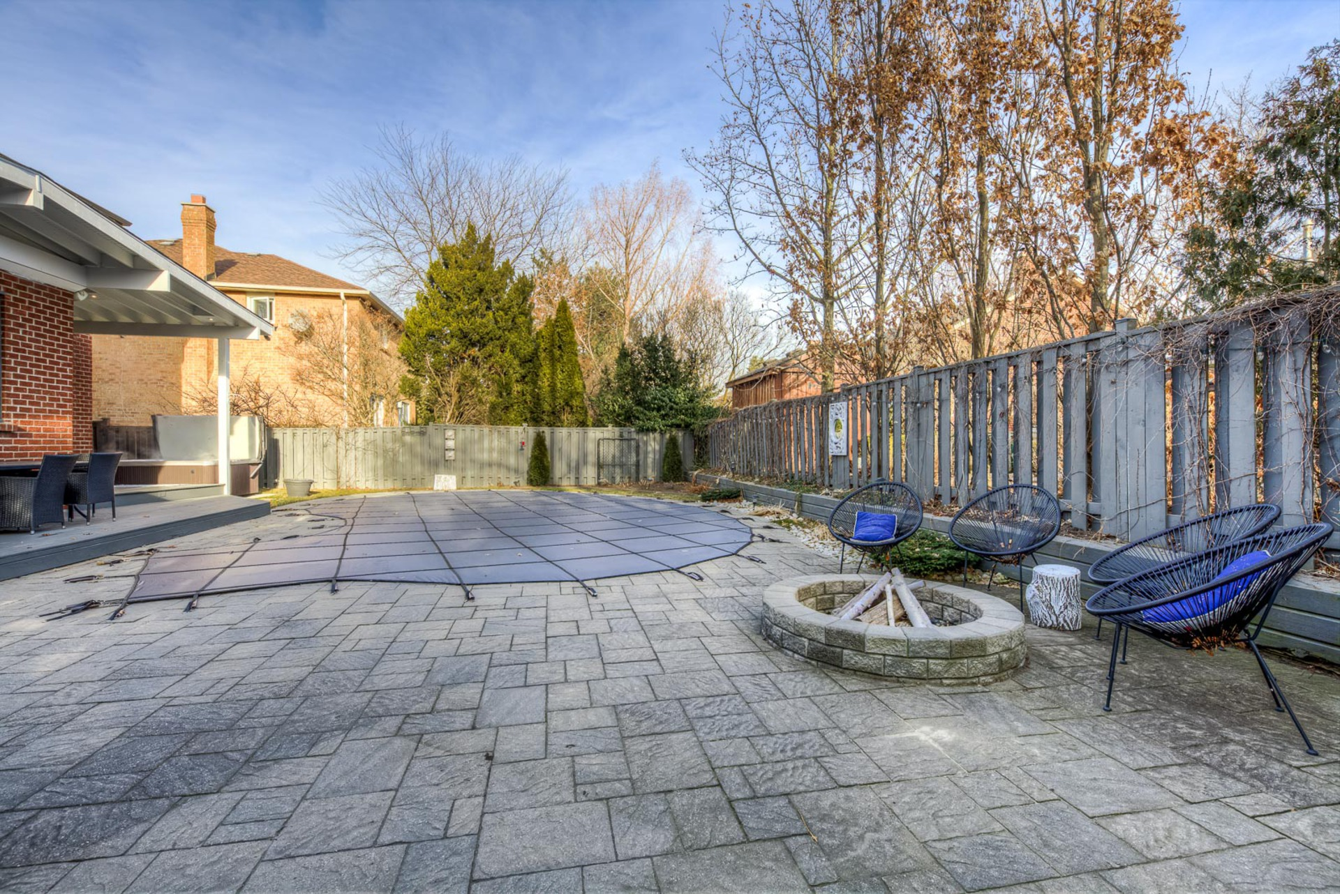 mls-85 at 2204 Dunvegan Avenue, Eastlake, Oakville
