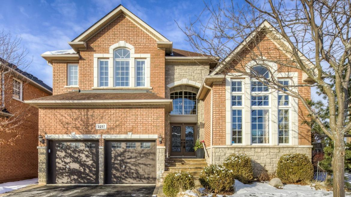 Nena Crescent, Iroquois Ridge North, Oakville