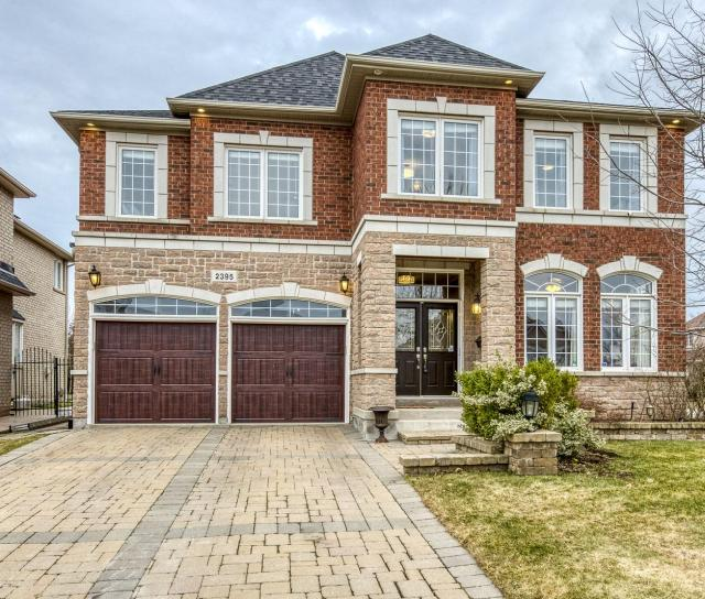 2395 Tesla Crescent, Iroquois Ridge North, Oakville 2