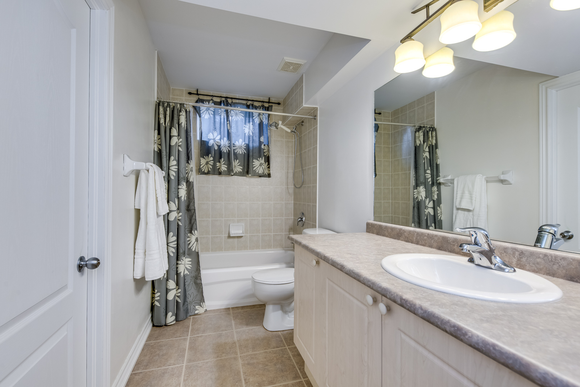 Basement Washroom - 2395 Tesla Crescent, Oakville - Elite3 & Team at 2395 Tesla Crescent, Iroquois Ridge North, Oakville