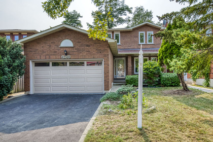 mls-2 at 4246 Wakefield Crescent, Creditview, Mississauga