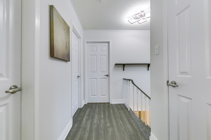 mls-33 at 4246 Wakefield Crescent, Creditview, Mississauga