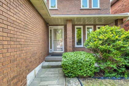 mls-4 at 4246 Wakefield Crescent, Creditview, Mississauga