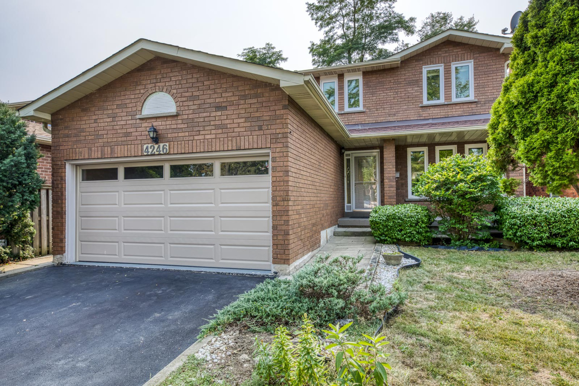 mls-1 at 4246 Wakefield Crescent, Creditview, Mississauga