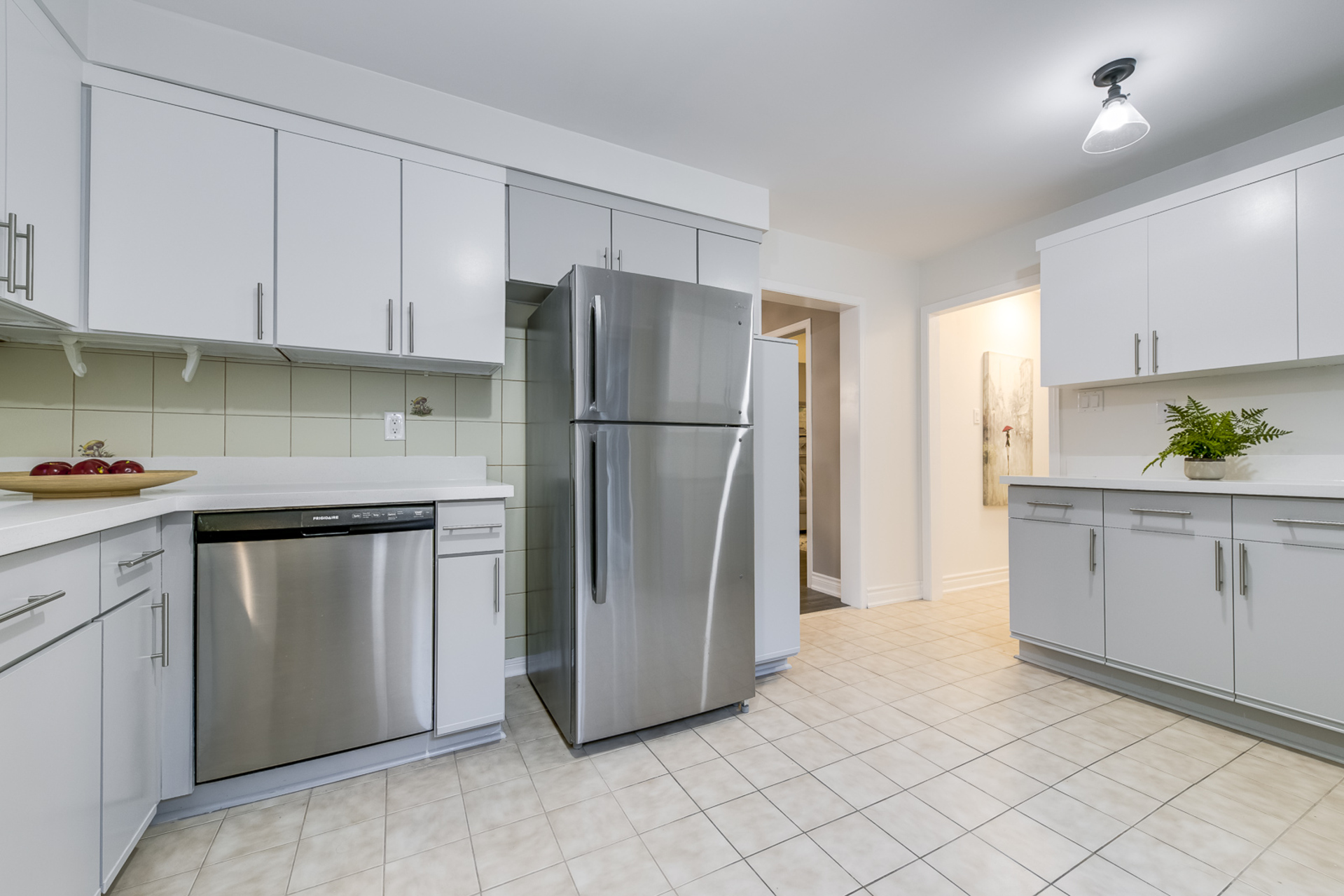 mls-25 at 4246 Wakefield Crescent, Creditview, Mississauga