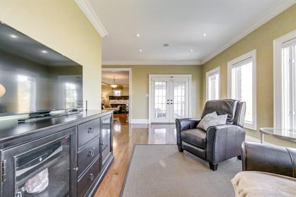 Master Bedroom Sitting Area - 2415 Lyndhurst Dr, Oakville - Elite3 & Team at 2415 Lyndhurst Drive, Iroquois Ridge North, Oakville