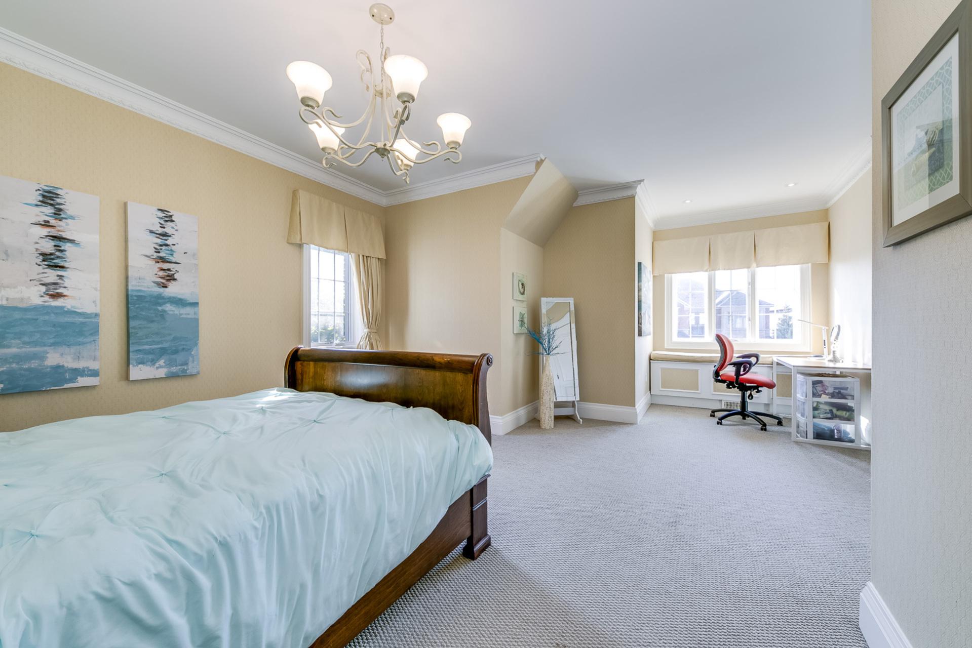 2nd Bedroom - 2415 Lyndhurst Dr, Oakville - Elite3 & Team at 2415 Lyndhurst Drive, Iroquois Ridge North, Oakville