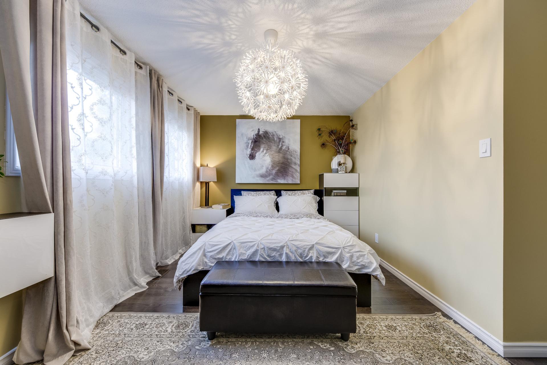 Master Bedroom - 1308 Valerie Cres, Oakville - Elite3 & Team at 1308 Valerie Crescent, Clearview, Oakville