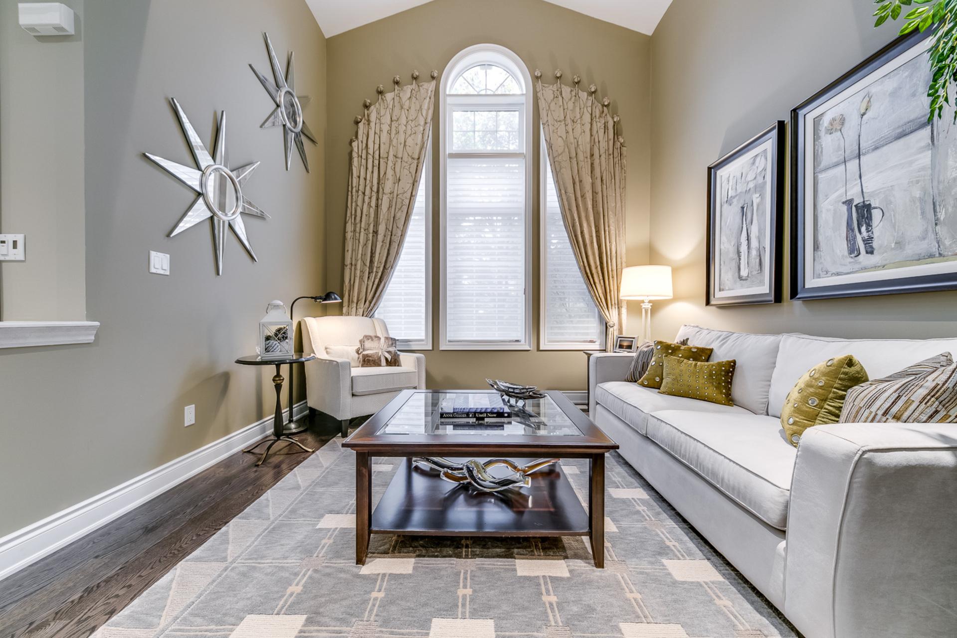 Living Room - 2460 Bon Echo Dr, Oakville - Elite3 & Team at 2460 Bon Echo Drive, Iroquois Ridge North, Oakville