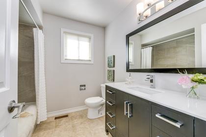 Main Bathroom - 1509 Clearview Dr, Oakville - Elite3 & Team at 1509 Clearview Drive, Clearview, Oakville