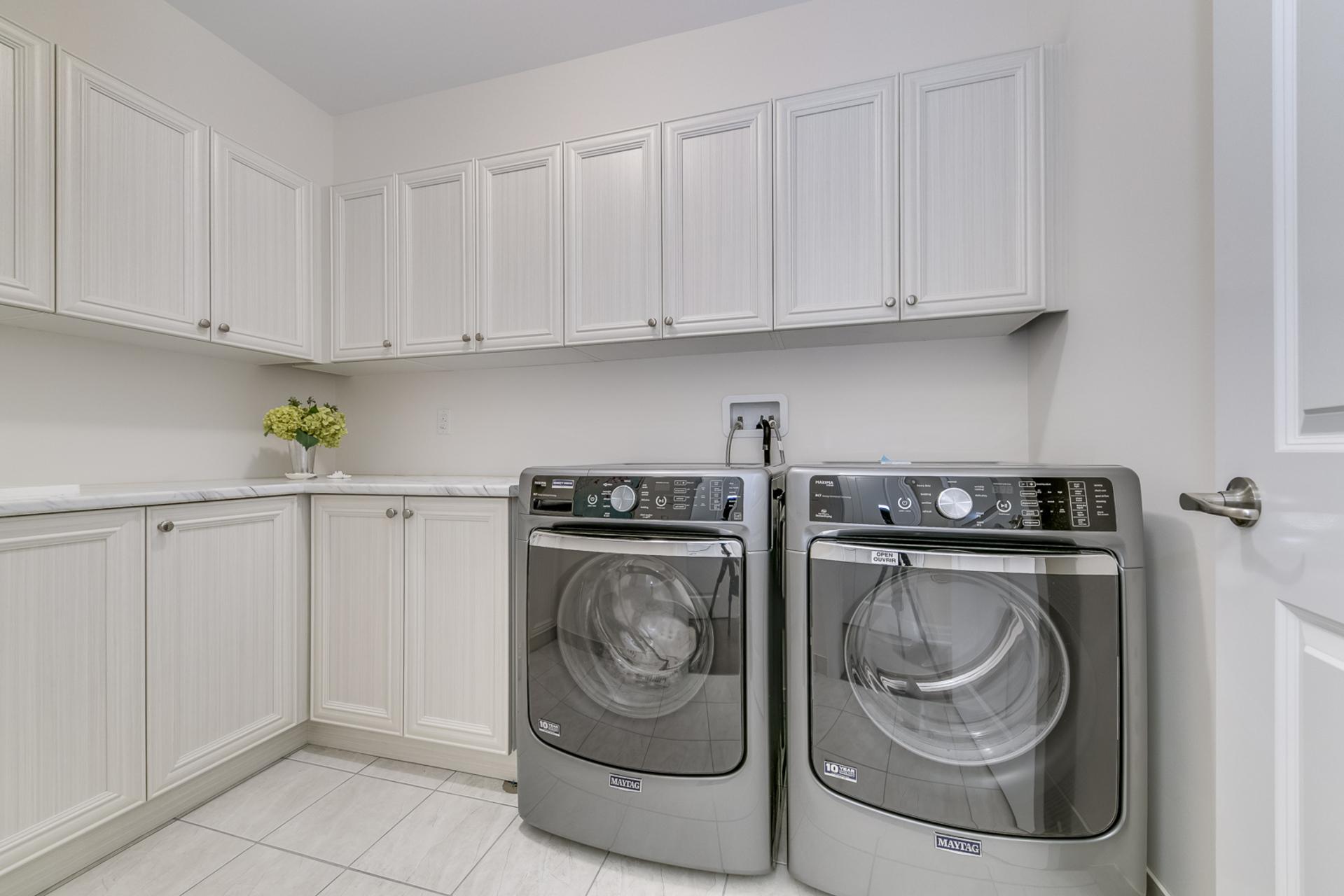 Laundry Room - 95 North Park Blvd, Oakville - Elite3 & Team at 95 North Park Boulevard, Rural Oakville, Oakville