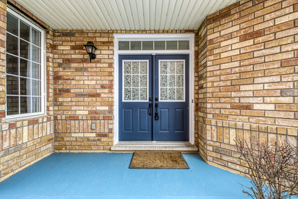 Porch - 1342 Weir Chase, Mississauga - Elite3 & Team at 1342 Weir Chase, East Credit, Mississauga