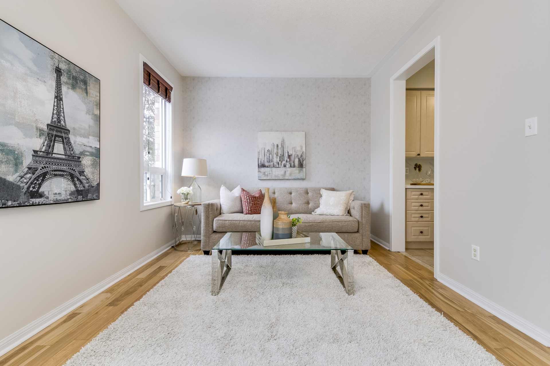Family Room - 1342 Weir Chase, Mississauga - Elite3 & Team at 1342 Weir Chase, East Credit, Mississauga