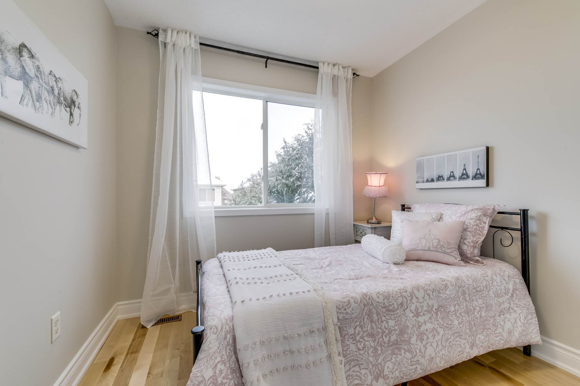 3rd Bedroom - 1342 Weir Chase, Mississauga - Elite3 & Team at 1342 Weir Chase, East Credit, Mississauga