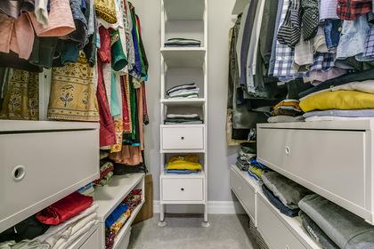 Master Walk-In Closet - 3172 Preserve Dr, Oakville - Elite3 & Team at 3172 Preserve Drive, Rural Oakville, Oakville