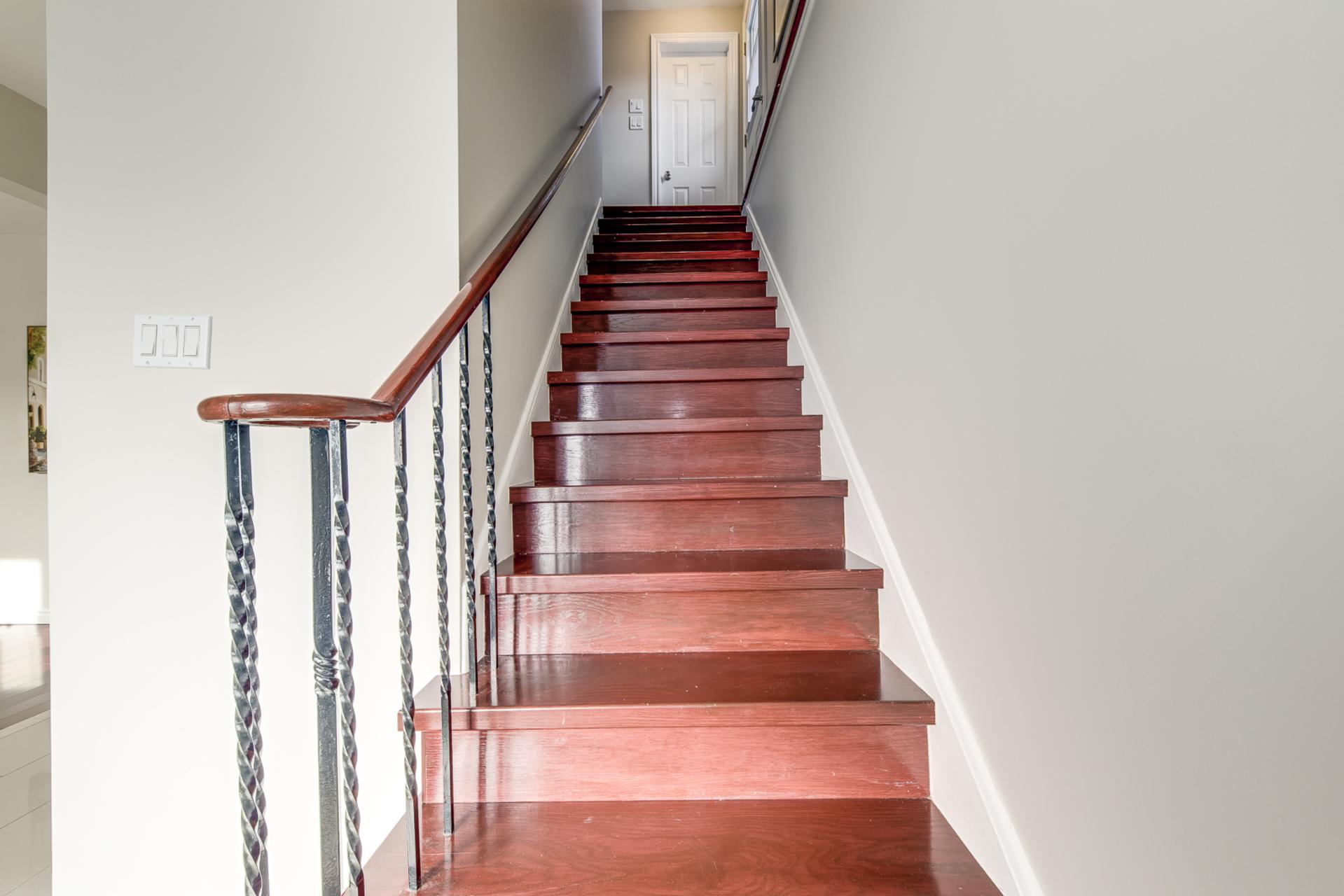 Stairs - 1059 Flagship Dr, Mississauga - Elite3 & Team at 1059 Flagship Drive, Applewood, Mississauga