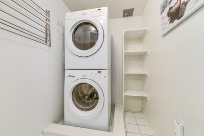 2nd Floor Laundry - 2891 Rio Crt, Mississauga - Elite3 & Team at 46 - 2891 Rio Court, Central Erin Mills, Mississauga