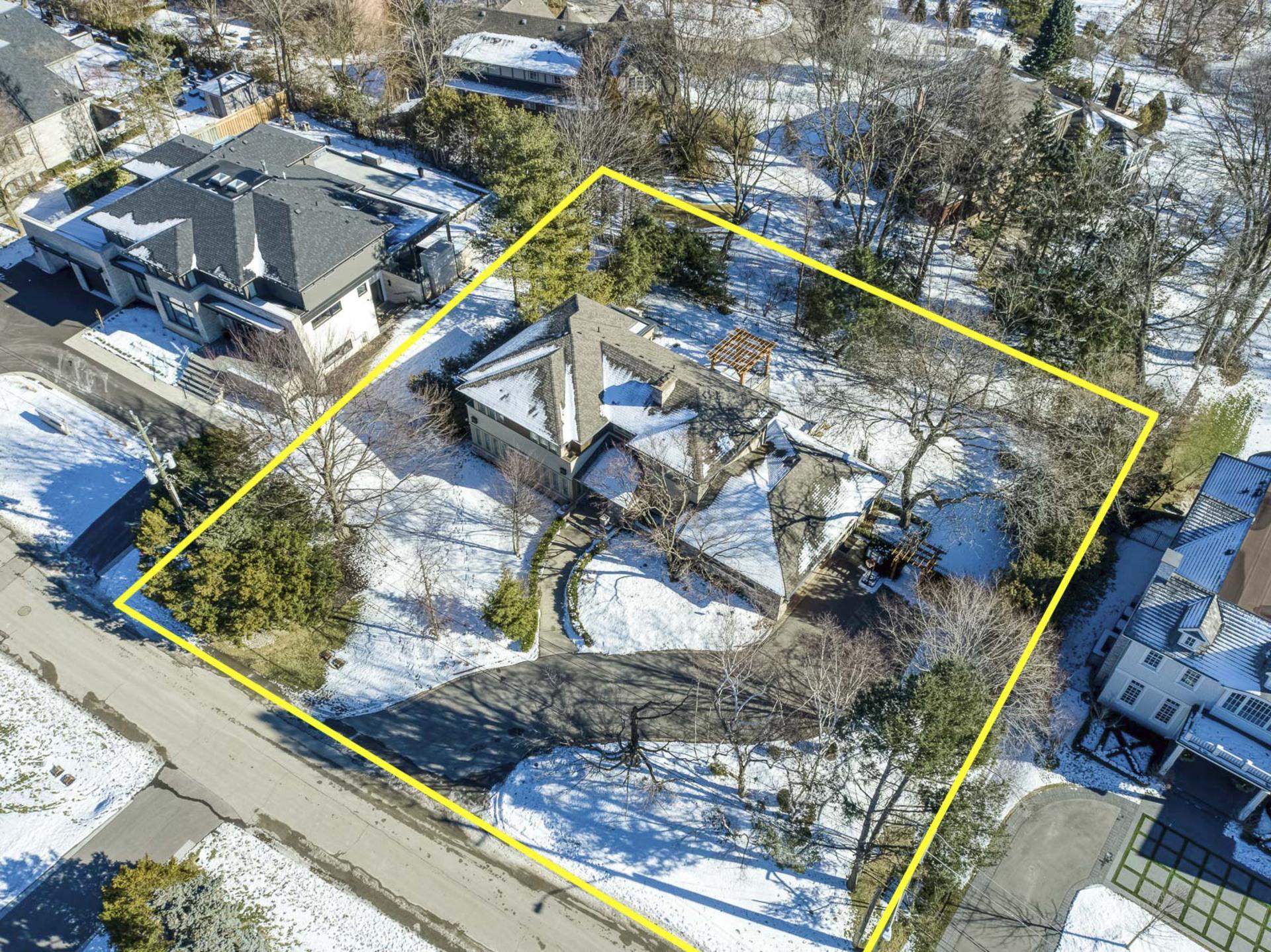 Drone - 1162 Morrison Heights, Oakville - Elite3 & Team at 1162 Morrison Heights, Eastlake, Oakville