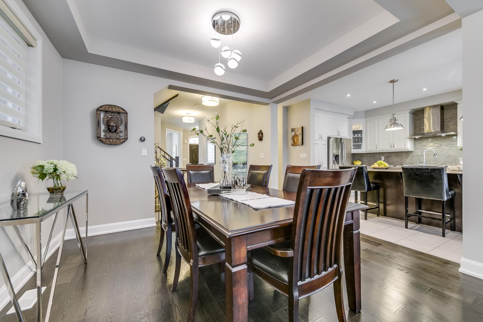 Dining Room - 379 Begonia Gardens, Oakville - Elite3 & Team at 379 Begonia Gardens, Rural Oakville, Oakville