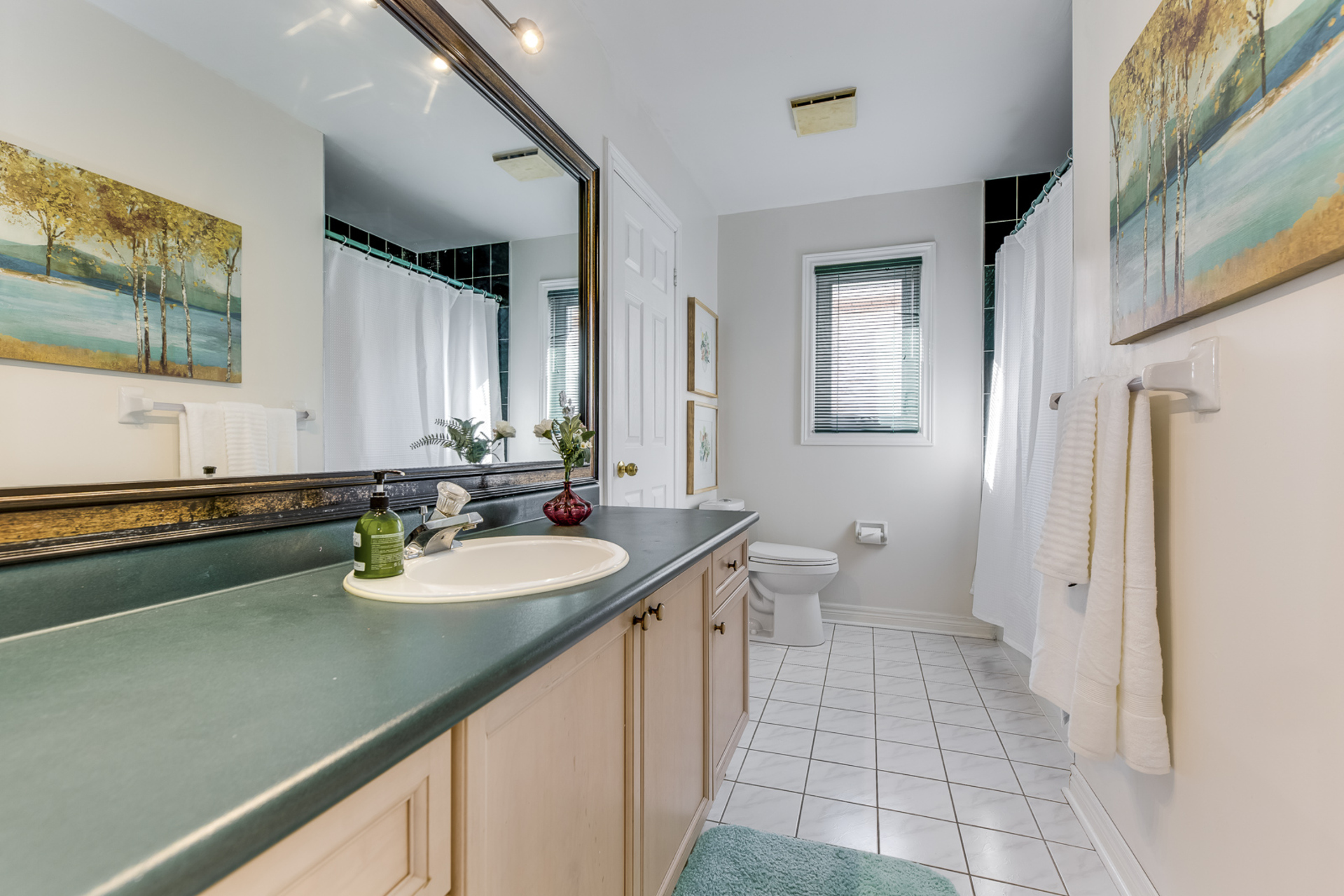 Main Bathroom - 1471 Creekwood Tr, Oakville - Elite3 & Team at 1471 Creekwood Trail, Iroquois Ridge North, Oakville