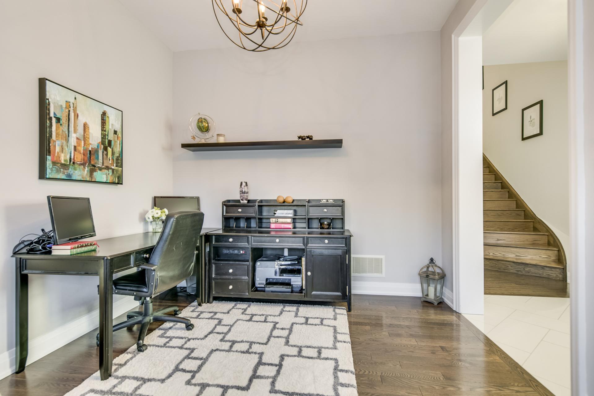 Living Room - 166 Mcwilliams Cres, Oakville - Elite3 & Team at 166 Mcwilliams Crescent, Rural Oakville, Oakville