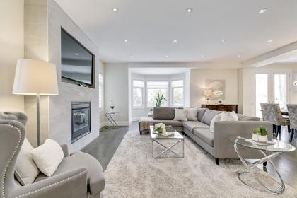 Family Room - 729 Byngmount Ave, Mississauga - Elite3 & Team at 729 Byngmount Avenue, Lakeview, Mississauga