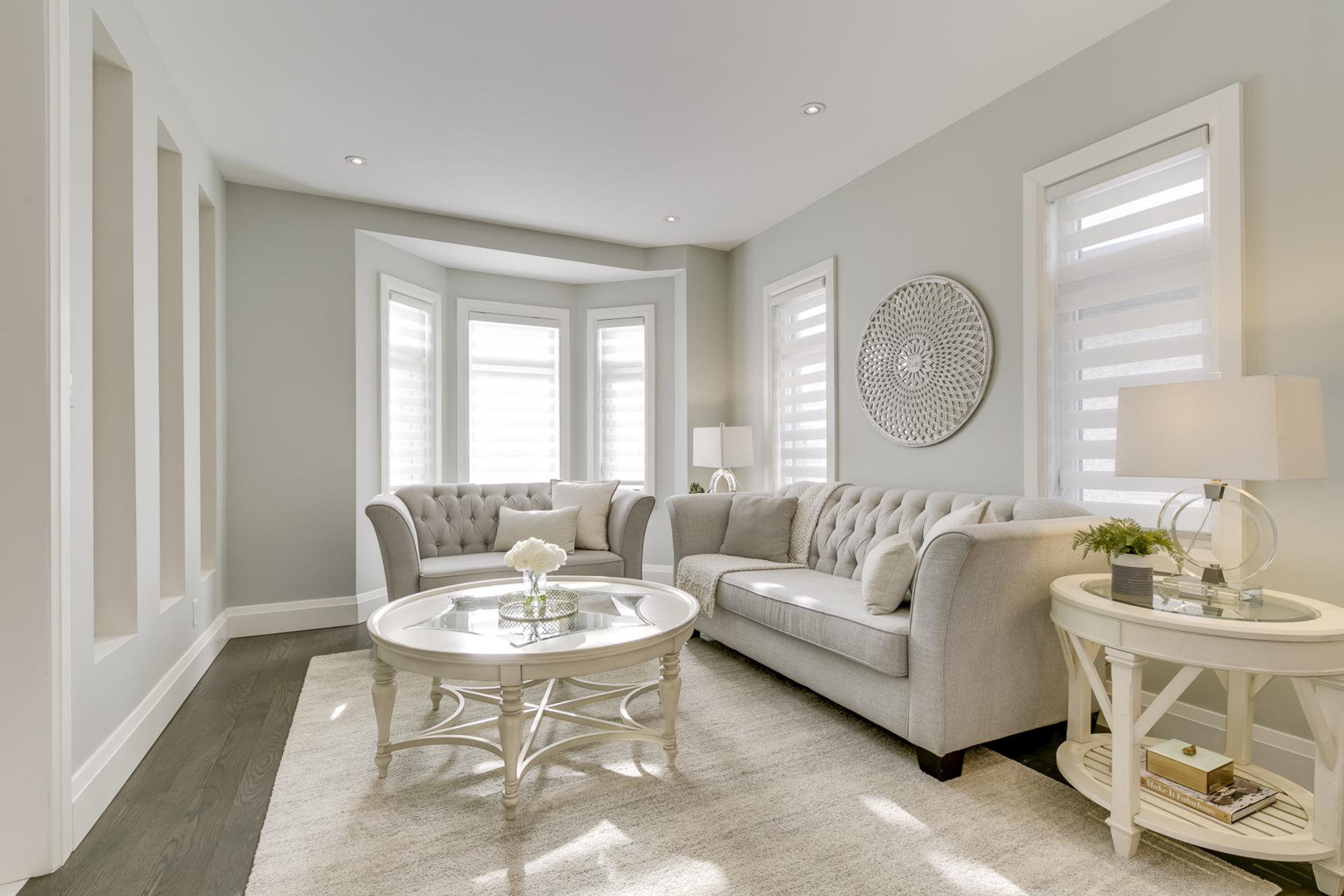 Living Room - 729 Byngmount Ave, Mississauga - Elite3 & Team at 729 Byngmount Avenue, Lakeview, Mississauga