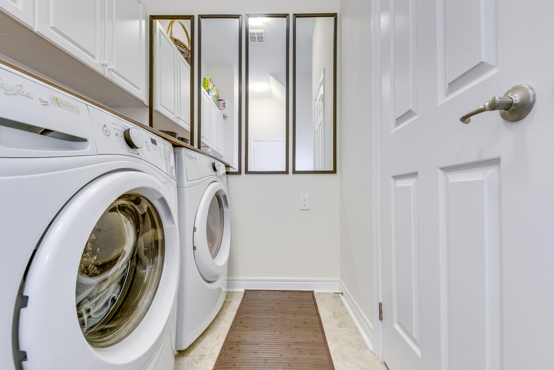 Laundry Room - 207 Jessie Caverhill Pass, Oakville - Elite3 & Team at 207 Jessie Caverhill Pass, Rural Oakville, Oakville