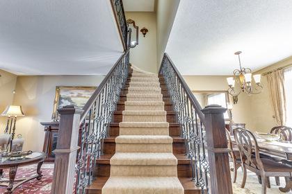 Stairs - 368 Rosegate Way, Oakville - Elite3 & Team at 368 Rosegate Way, Uptown Core, Oakville