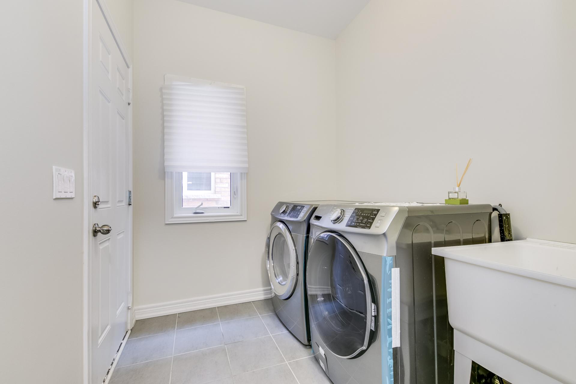 Laundry Room - 31 Beacon Point St,  Markham - Elite3 & Team at 31 Beacon Point Street, Wismer, Markham