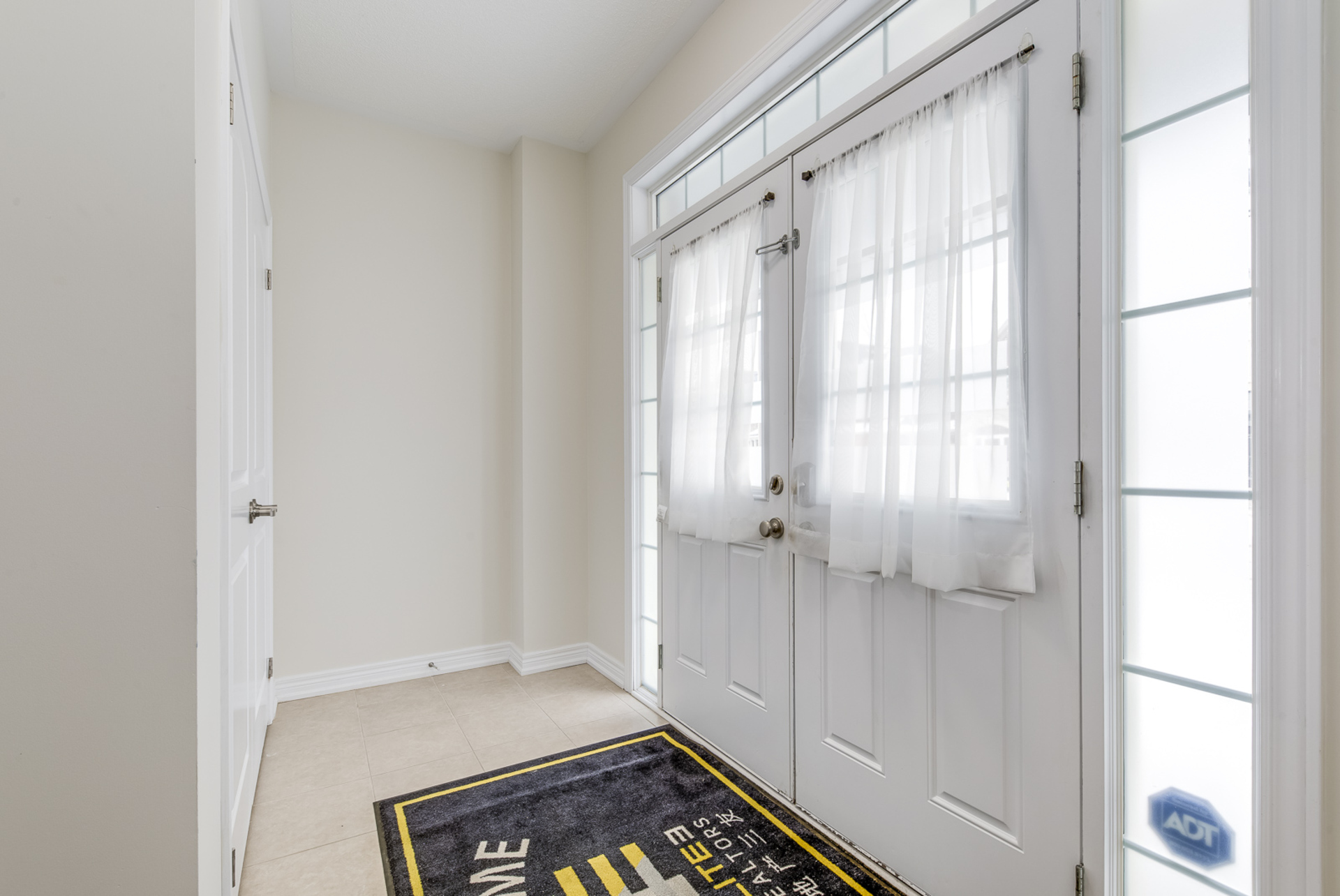 Foyer - 31 Beacon Point St,  Markham - Elite3 & Team at 31 Beacon Point Street, Wismer, Markham