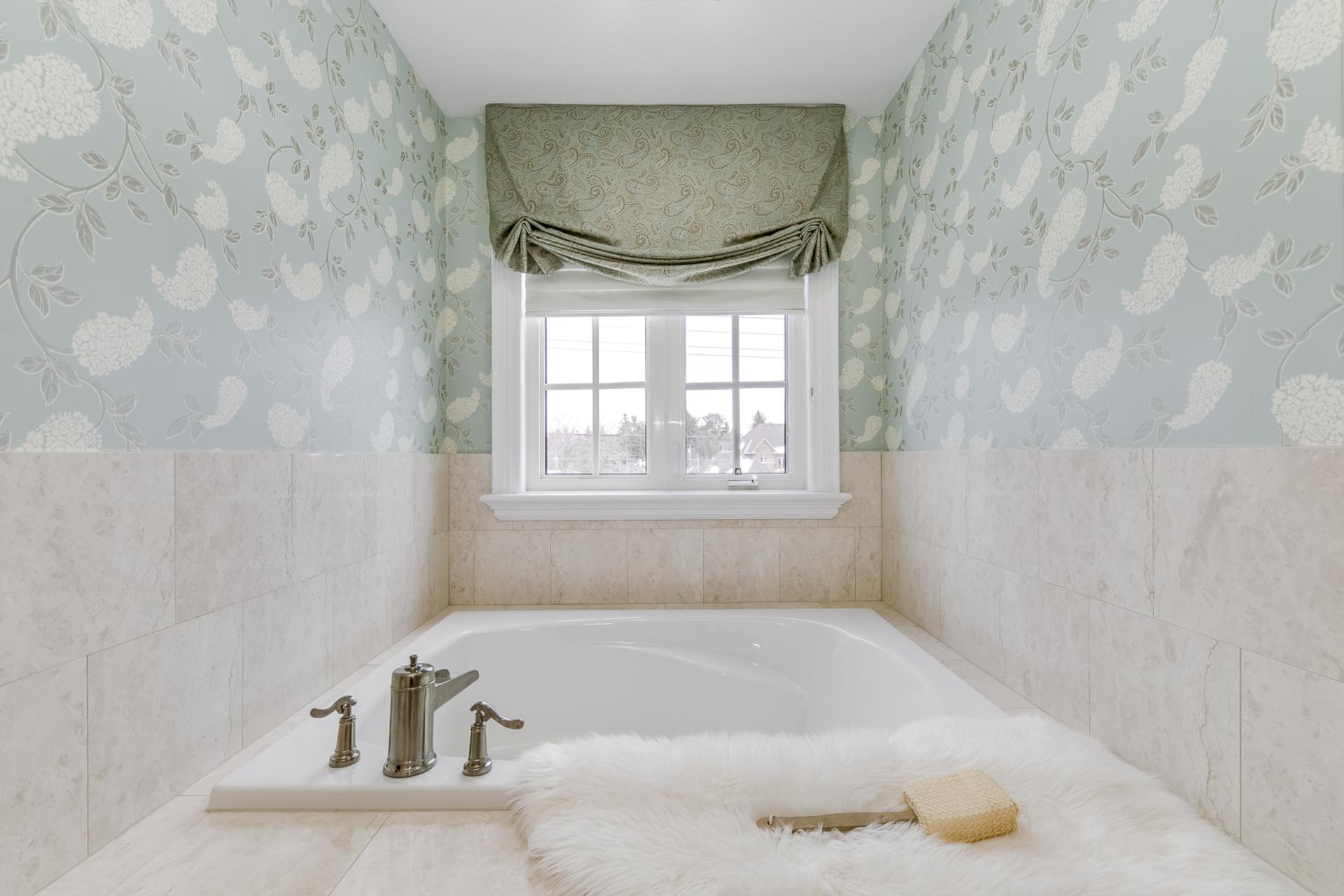 2nd Bedroom Ensuite - 725 Queensway W, Mississauga - Elite3 & Team at 725 Queensway West, Erindale, Mississauga