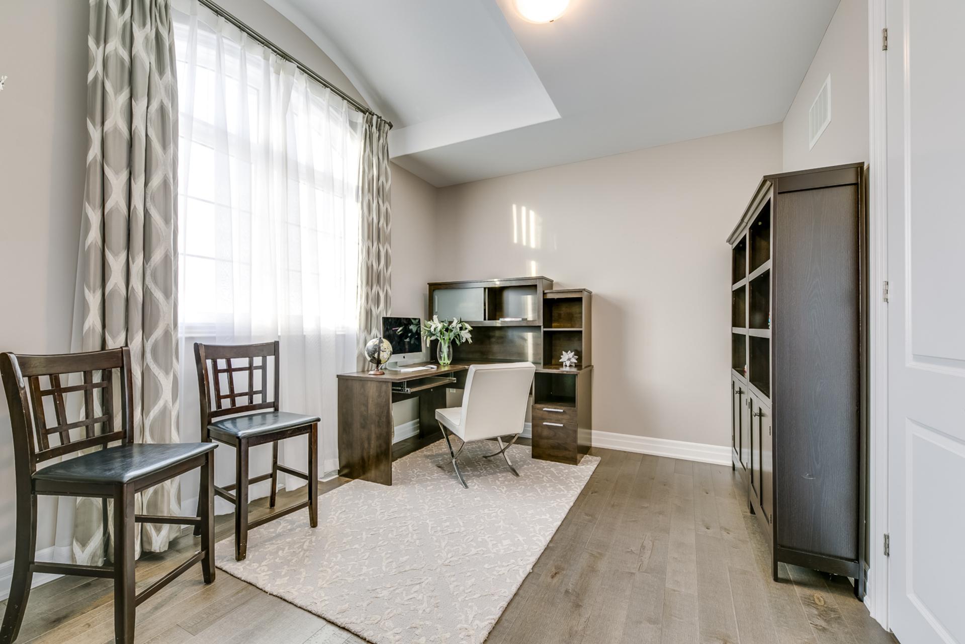 5th Bedroom - 73 North Park Blvd, Oakville - Elite3 & Team at 73 North Park Boulevard, Rural Oakville, Oakville