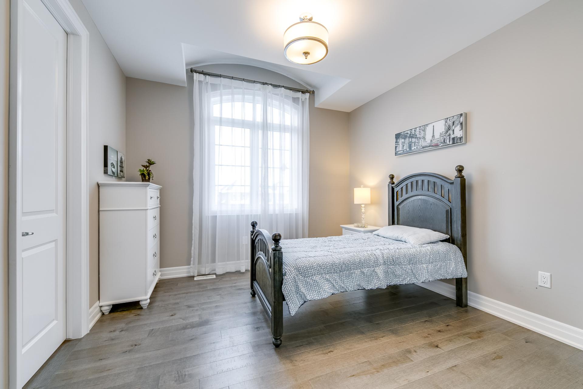 2nd Bedroom - 73 North Park Blvd, Oakville - Elite3 & Team at 73 North Park Boulevard, Rural Oakville, Oakville