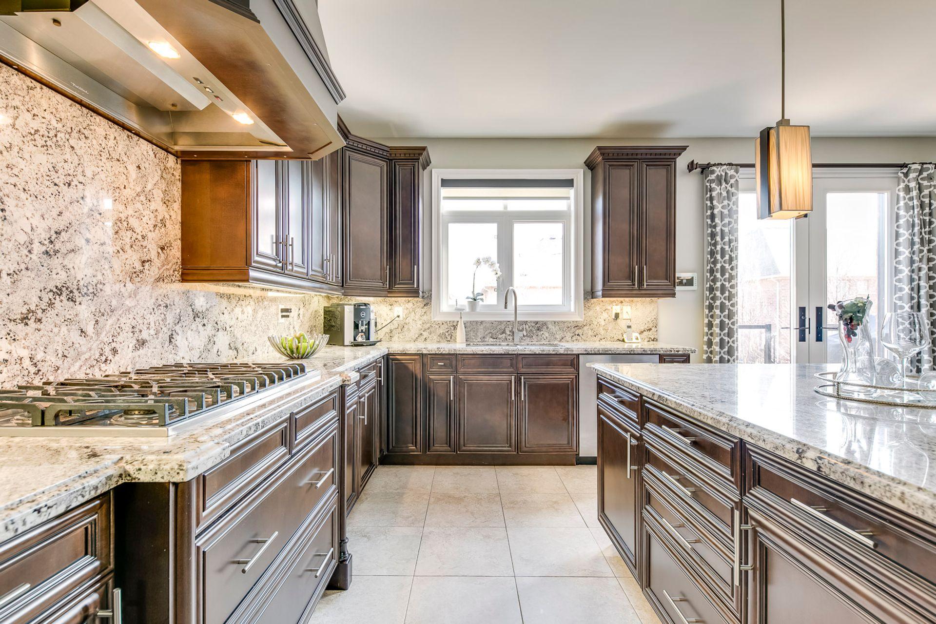 Kitchen - 2419 Sylvia Dr, Oakville - Elite3 & Team at 2419 Sylvia Drive, Iroquois Ridge North, Oakville