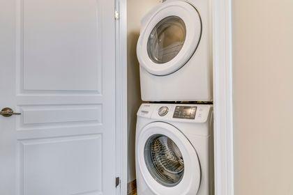 Laundry Room - 11 - 3026 Postridge Dr, Oakville - Elite3 & Team at 11 - 3026 Postridge Drive, Rural Oakville, Oakville