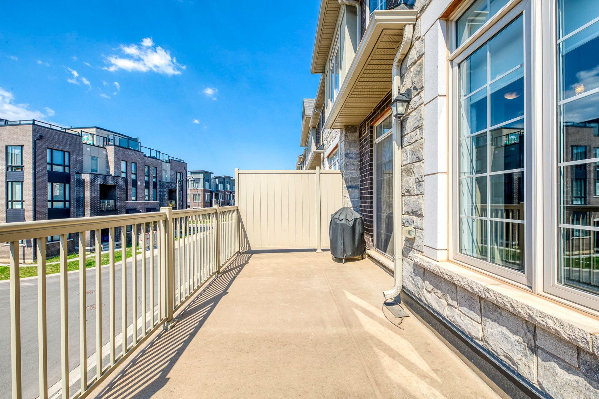 Balcony - 11 - 3026 Postridge Dr, Oakville - Elite3 & Team at 11 - 3026 Postridge Drive, Rural Oakville, Oakville