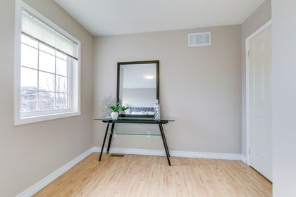 Master Bedroom - 2155 Village Squire Lane, Oakville - Elite3 & Team at 2155 Village Squire Lane, West Oak Trails, Oakville