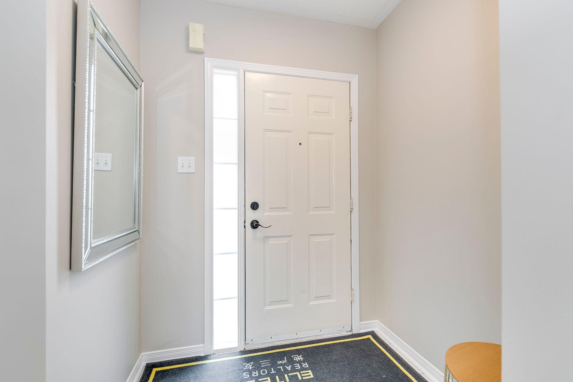 Foyer - 2155 Village Squire Lane, Oakville - Elite3 & Team at 2155 Village Squire Lane, West Oak Trails, Oakville