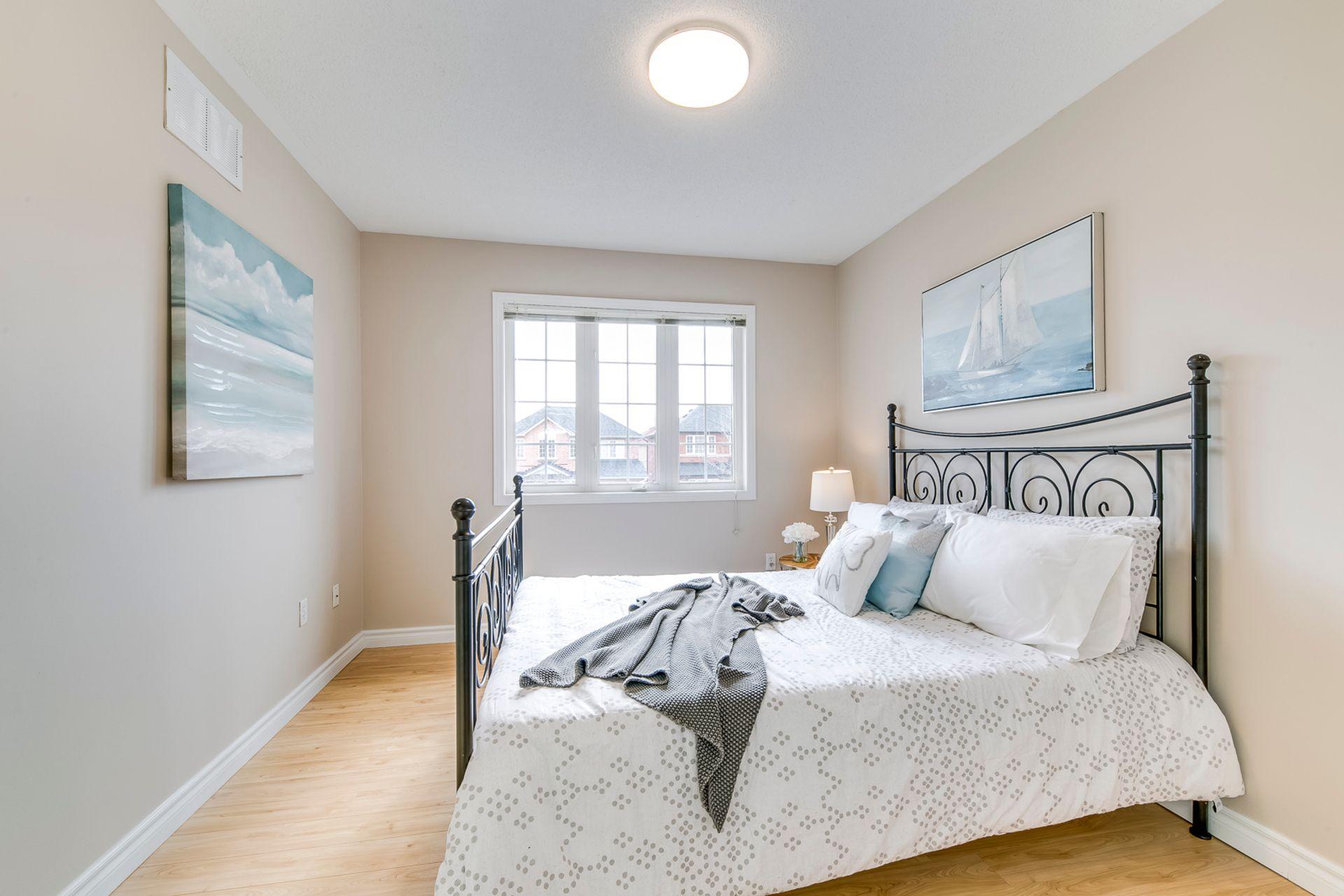 3rd Bedroom - 2155 Village Squire Lane, Oakville - Elite3 & Team at 2155 Village Squire Lane, West Oak Trails, Oakville