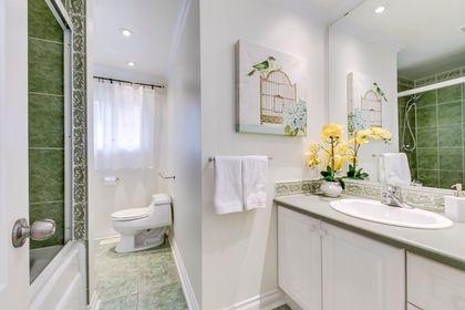 Main Bathroom - 2129 Constance Dr, Oakville - Elite3 & Team at 2129 Constance Drive, Eastlake, Oakville