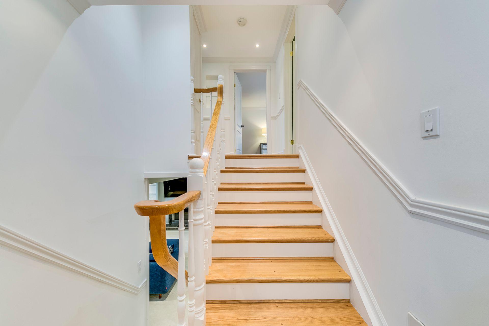 Stairs - 2129 Constance Dr, Oakville - Elite3 & Team at 2129 Constance Drive, Eastlake, Oakville