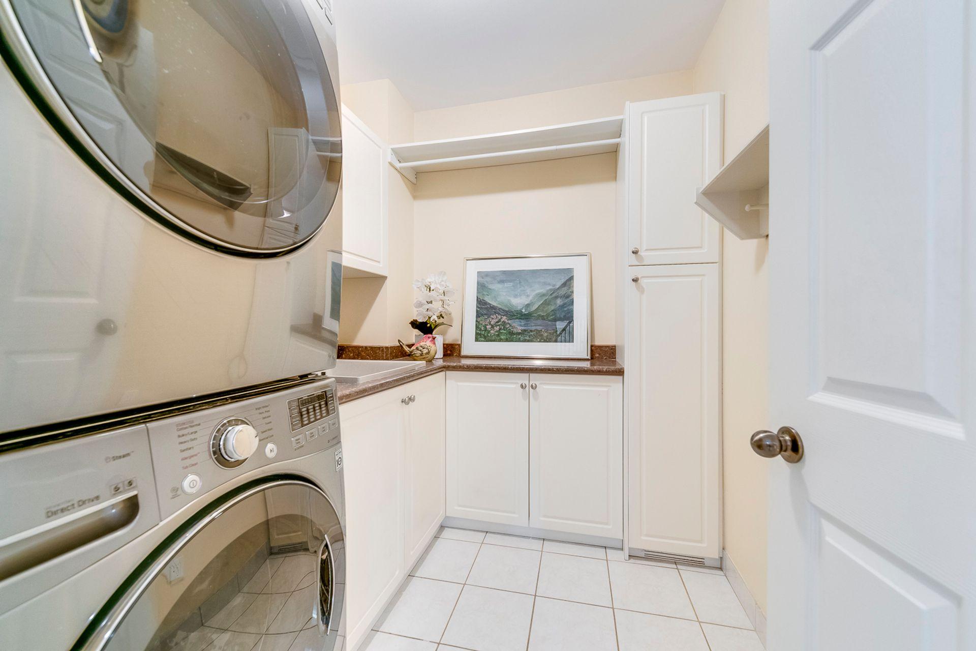 Laundry Room - 398 Maple Grove Dr, Oakville - Elite3 & Team at 398 Maple Grove Drive, Eastlake, Oakville