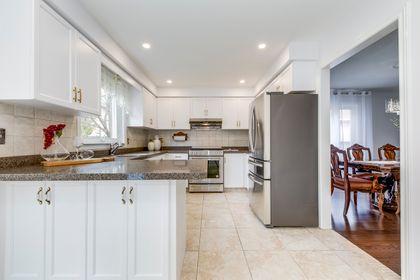 Kitchen - 2791 Mahogany Lane, Oakville - Elite3 & Team at 2791 Mahogany Lane, Clearview, Oakville