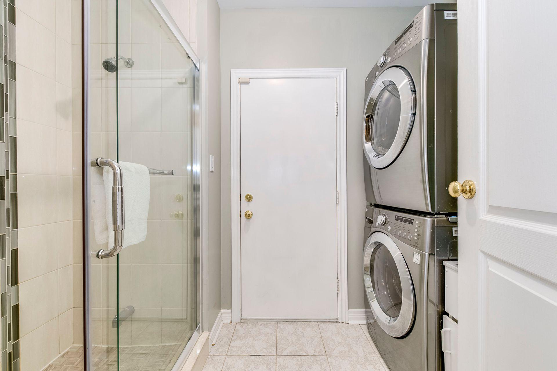 Laundry Room - 5156 Heatherleigh Ave, Mississauga - Elite3 & Team at 5156 Heatherleigh Avenue, East Credit, Mississauga