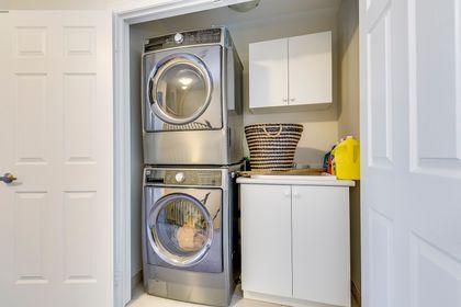 Laundry Room - 3045 Max Khan Blve, Oakville - Elite3 & Team at 3045 Max Khan Boulevard, Rural Oakville, Oakville