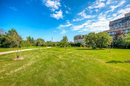 Park - 7 - 840 Dundas St W, Mississauga - Elite3 & Team at 7 - 840 Dundas Street W, Erindale, Mississauga